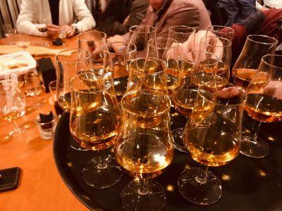Volle glaasjes met Whisky