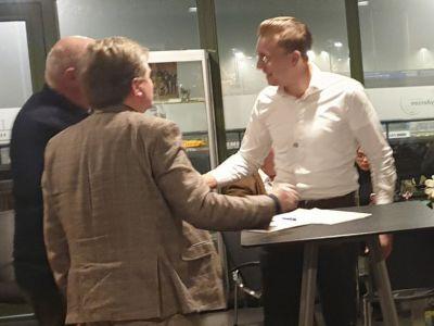Tekenen contract nieuw lid DocVisie